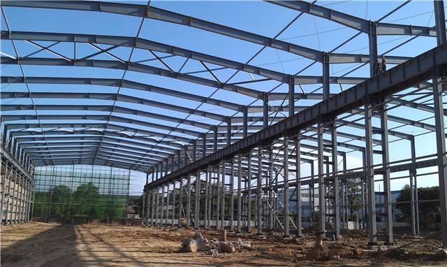 广东钢结构厂房材料的匀质性