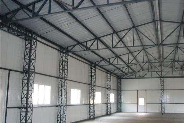 钢结构房屋的特点与优点是什么?广东钢结构为您普及。