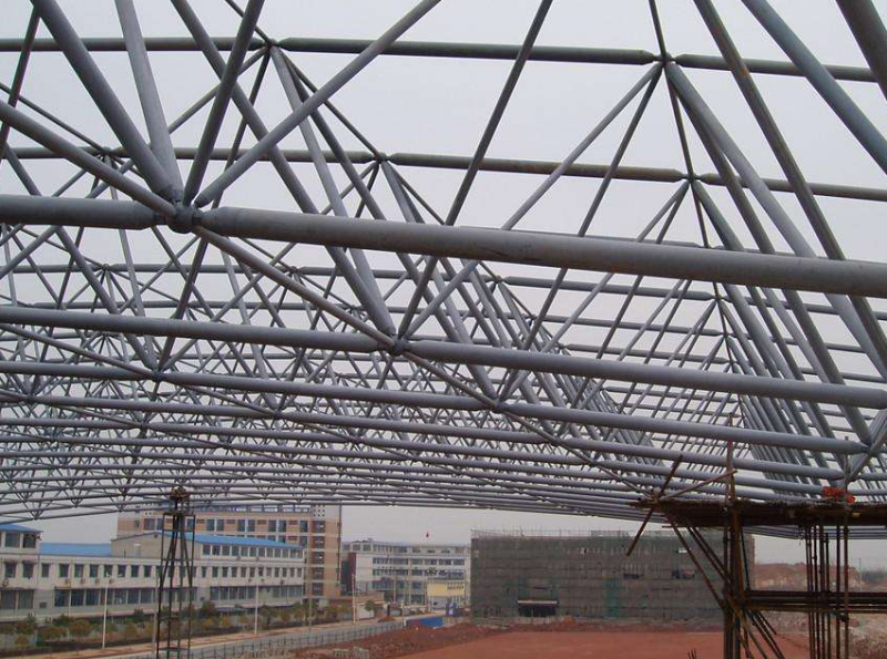 简述广东钢结构工程施工知识点
